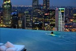 The Infinity Pool at the Marina Bay Sands Skypark, Singapore - Coolest_Infinity_Pools_Around_the_World_15