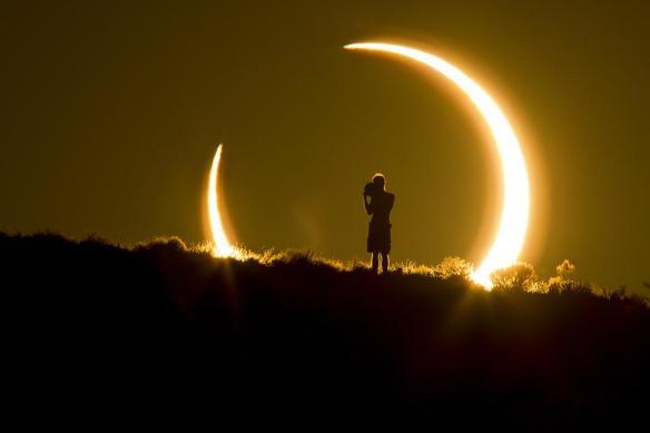 smithsonian-photo-contest-naturalworld-solar-eclipse-colleen-pinski